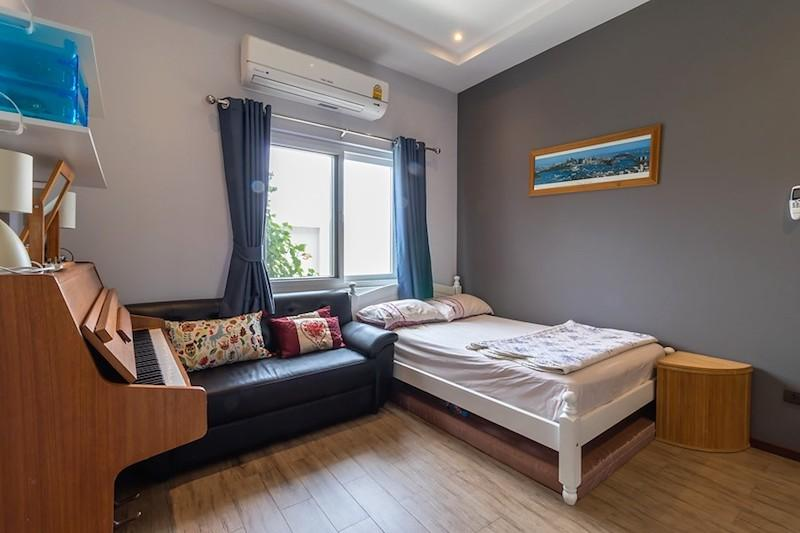 Mali Residence resale with separate guest house - guest room