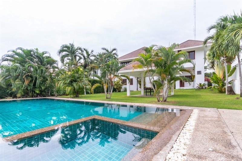 Soi 88 sea view villa for sale - pool