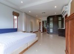 Soi 88 sea view villa for sale - master bedroom