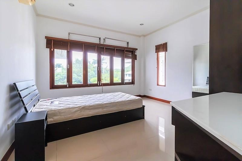 Soi 88 sea view villa for sale - guest room