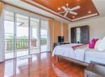 Searidge Hua Hin villa for sale - master bedroom
