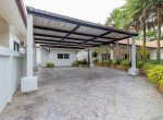 Nature Valley villa for sale - carport