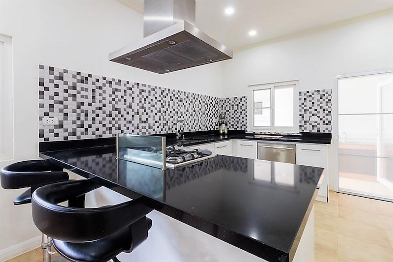 Nature Valley villa for sale - kitchen