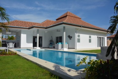 Beautiful Hua Hin pool villa for rent