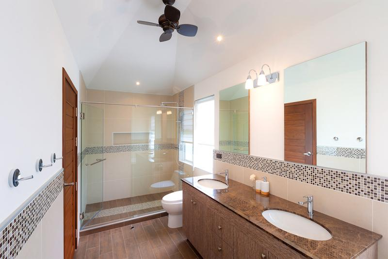 Luxury 3 bed pool villa for rent in Hua Hin - bathroom