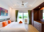 Luxury villa with pool for rent - master bedroom