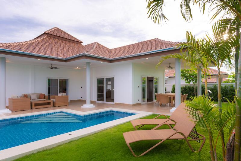 Luxury villa with pool for rent - pool