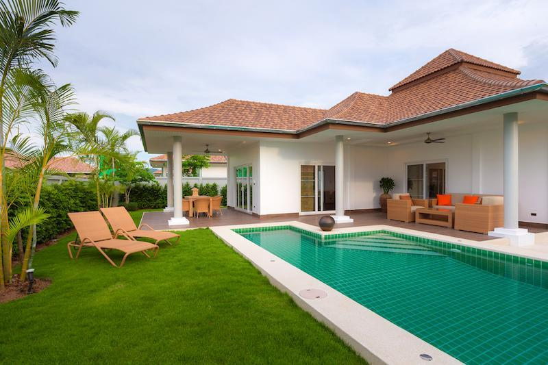 Luxury 3 bed pool villa for rent in Hua Hin - garden