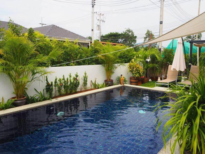Mil Pool Villas resale - pool