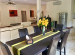 Golf Village villa for sale - dining