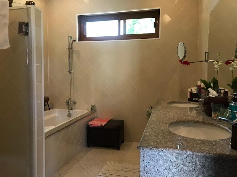 Sunset Village 2 villa for sale on huge plot - bathroom