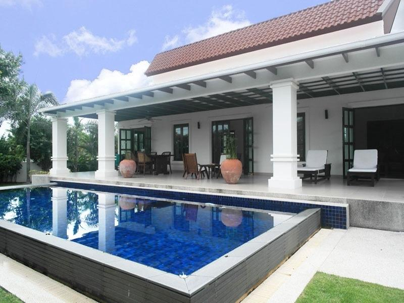 Best priced Banyan house for sale - terrace