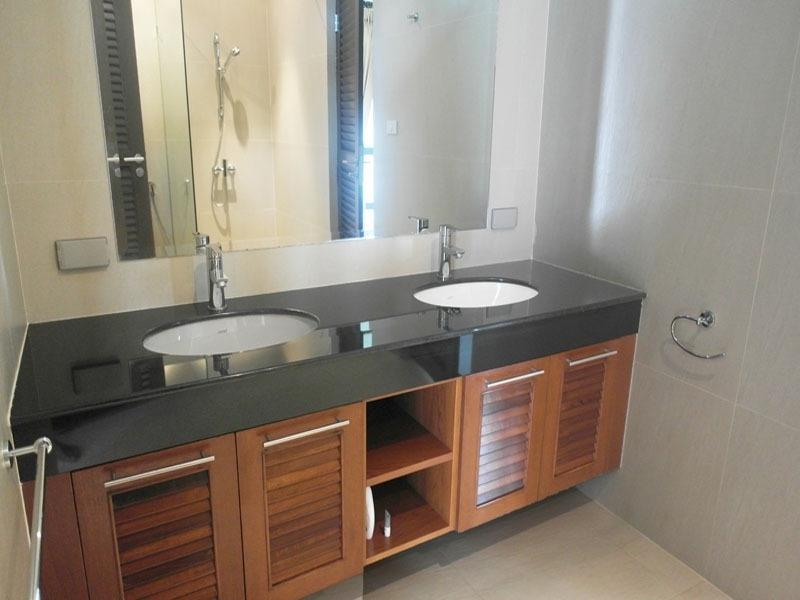 Best priced Banyan house for sale - bathroom