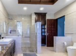 Palm Hills Villa with 6 bedrooms for sale - bathroom