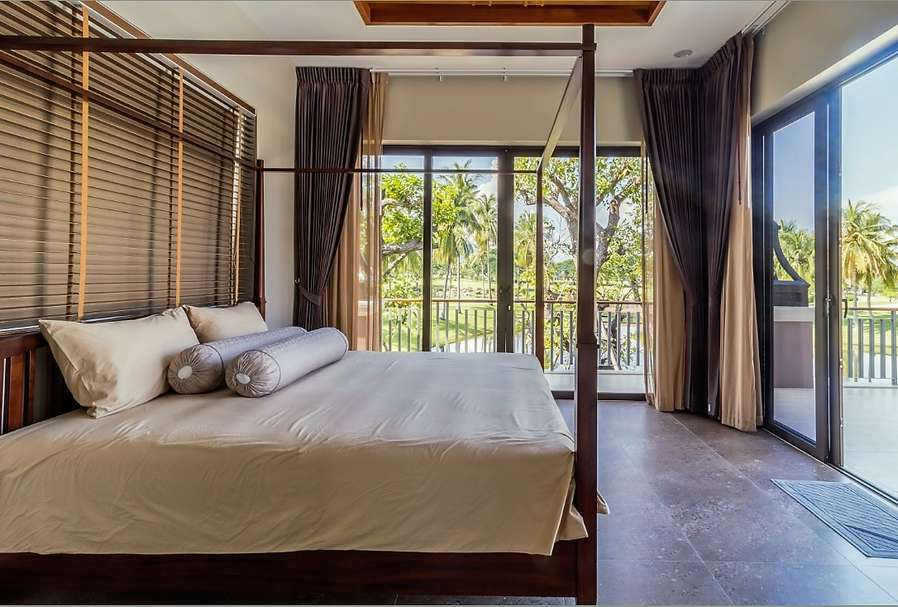 Palm Hills Villa with 6 bedrooms for sale - bedroom