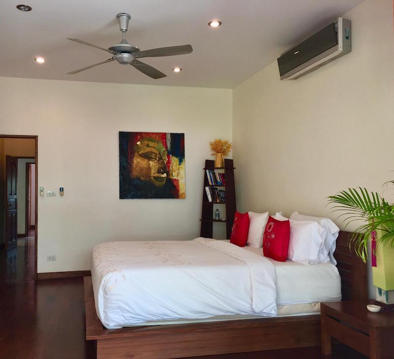 Villa with Sauna and huge pool for sale and rent - bedroom
