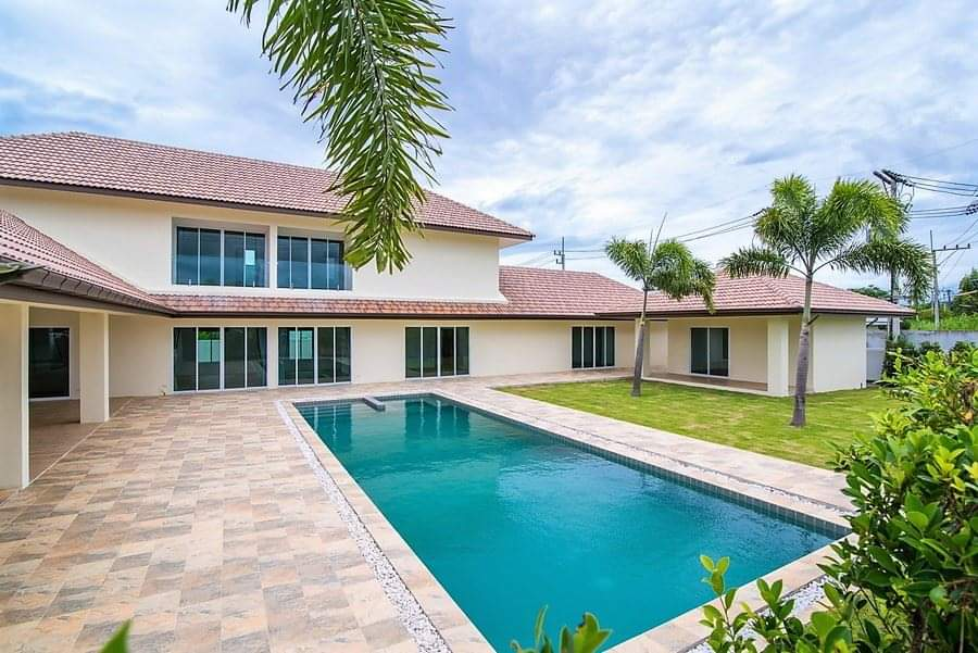 Spacious pool villa for sale close to town