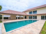 Spacious pool villa for sale close to town - deck