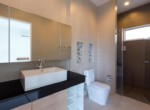 Pool villa for rent in Sivana Garden - bathroom