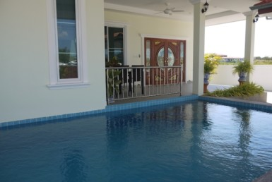 Cha Am pool villa for sale in best location . -covered terrace