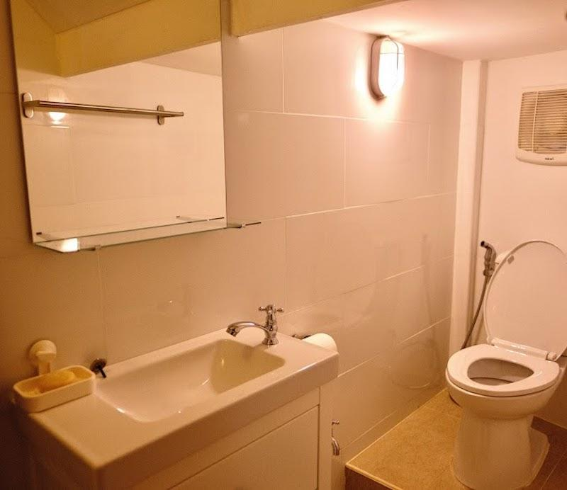 Unique townhouse with sea view for sale - toilet