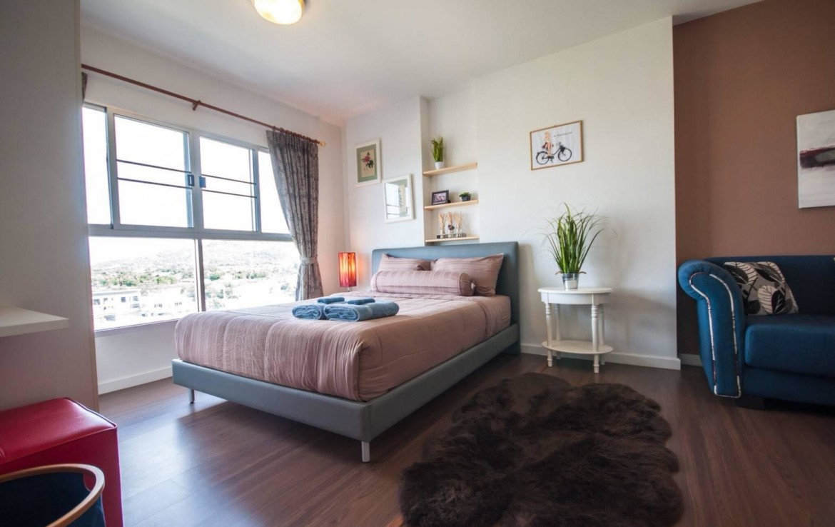 studio apartment Baan Kiang Fah for sale - bed